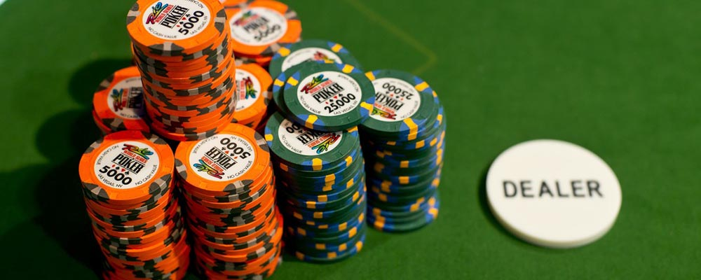 pu-slider_0000_WSOP_chips26