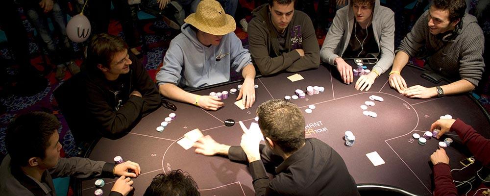 pu-slider_0006_poker (1)
